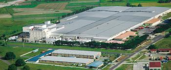 タイヤ生産能力を増強中のヨコハマタイヤ・フィリピンの写真